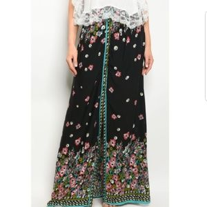 Dresses & Skirts - NWT Maxi Skirt Long BoHo Chic Button Floral S M L